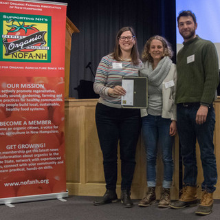 Board President Amy Manzelli presented Rebecca Sullivan & Andrew Toothacker with the 'Outstanding New Farmer of the Year' Award