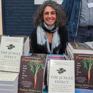 Keynote Speaker Dr. Daphne Miller signing books