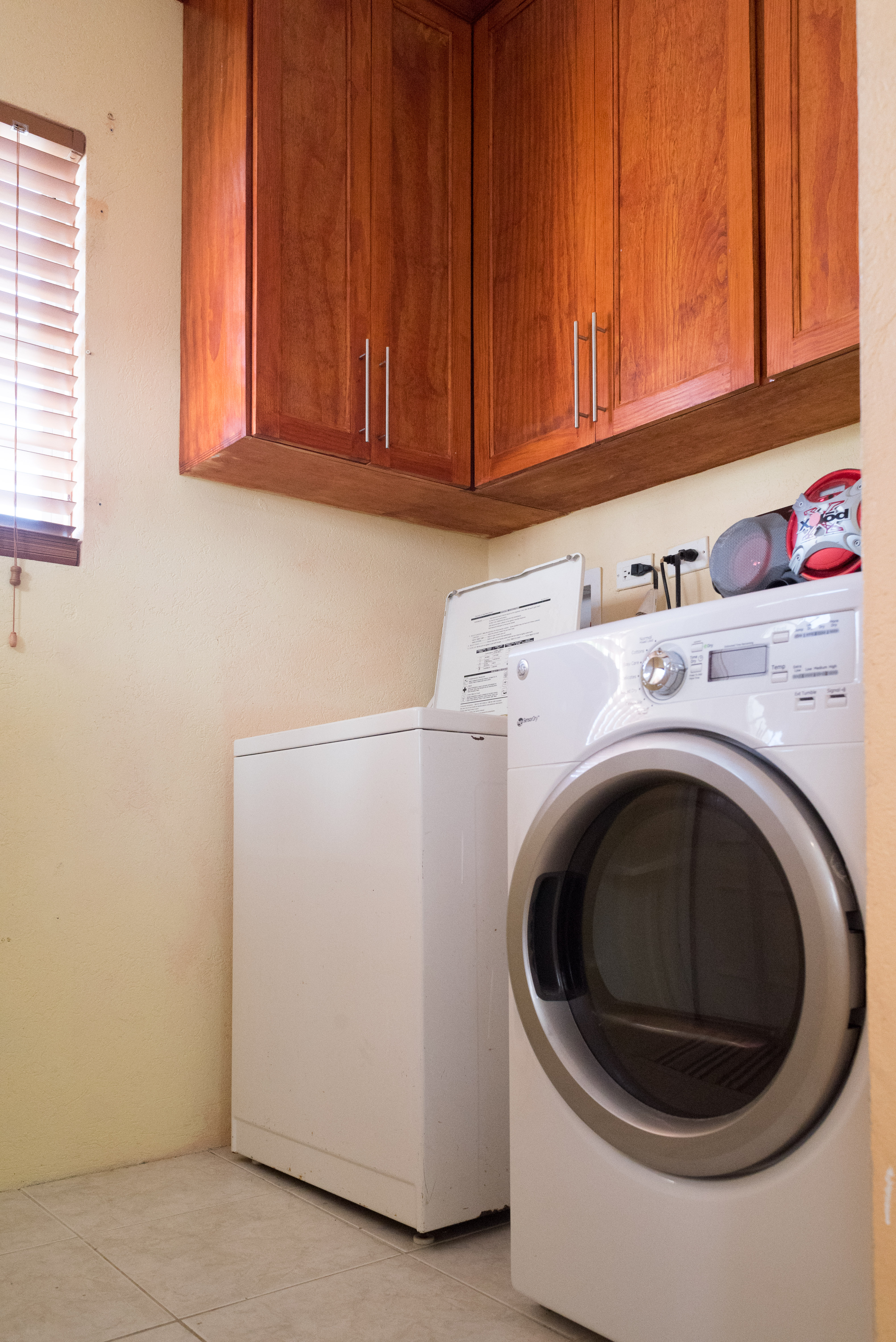 EMERALD LIVING | Laundry Area