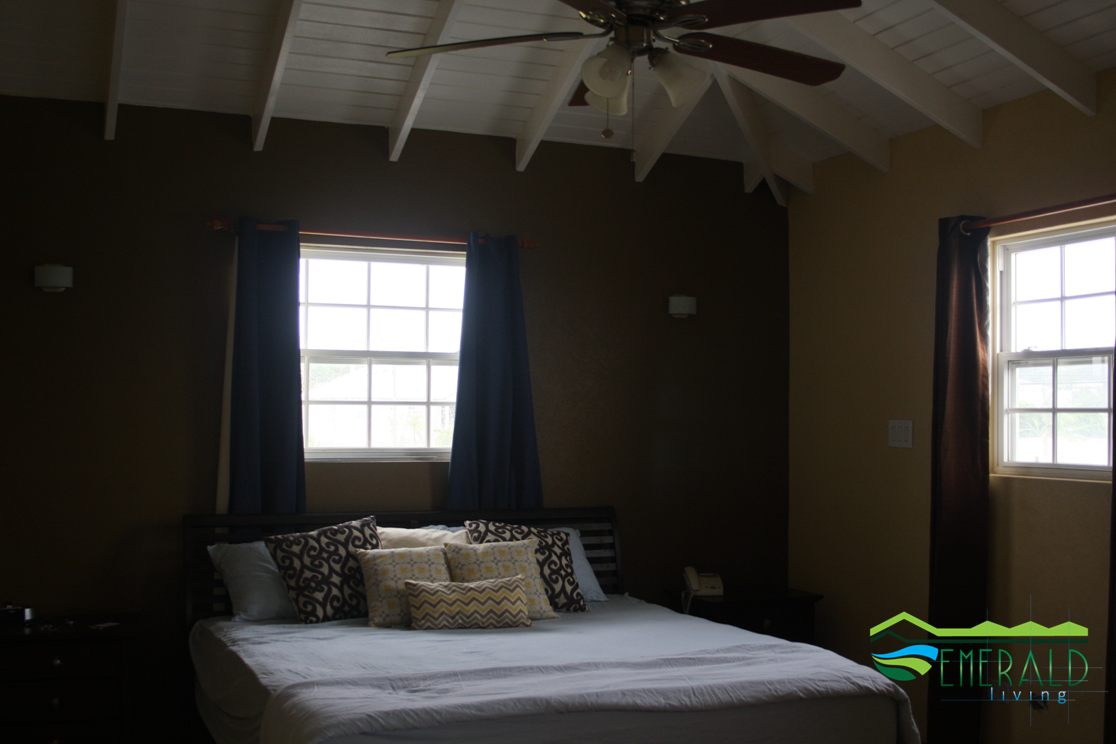 EMERALD LIVING | Master Bedroom