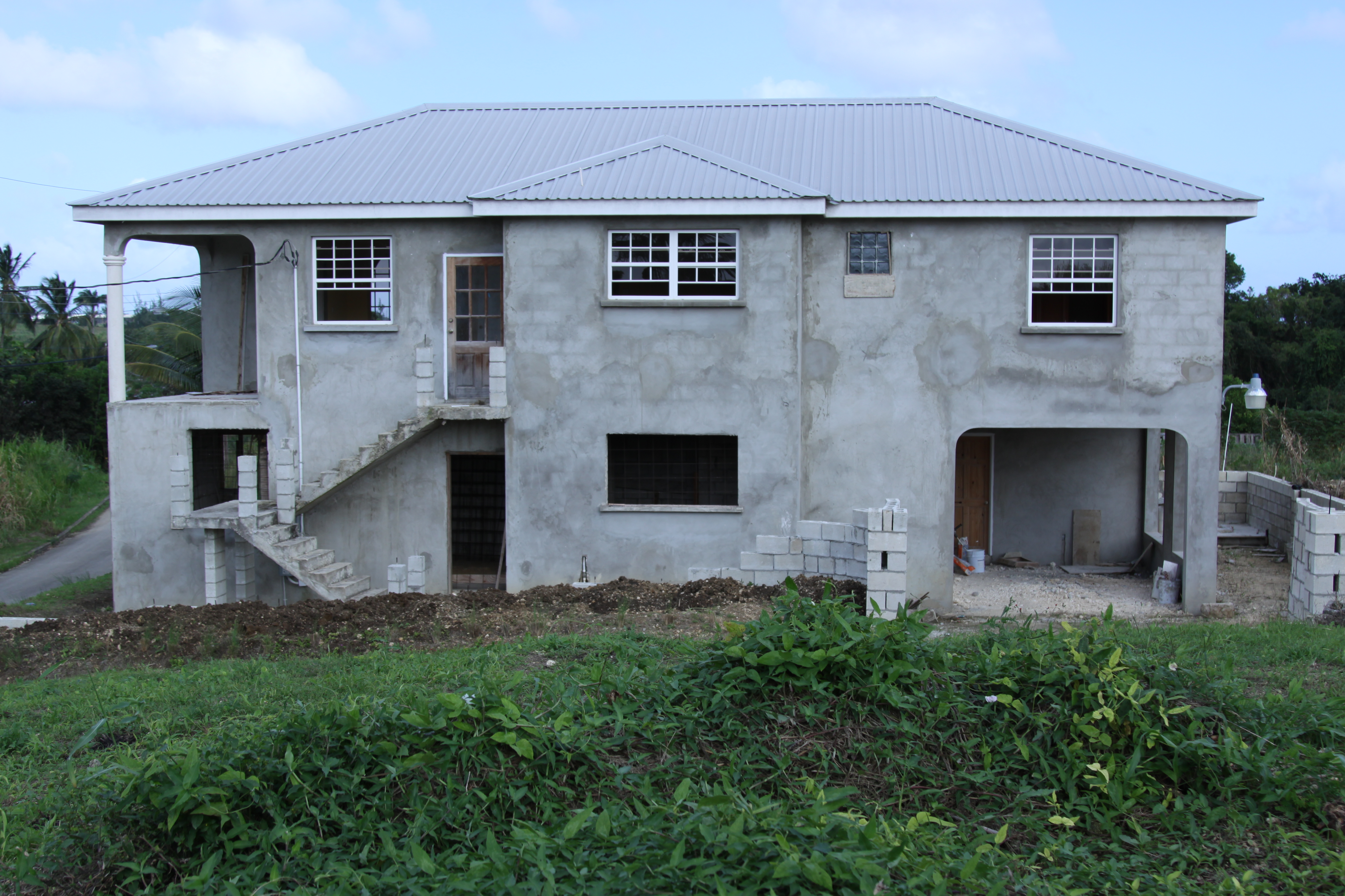 EMERALD LIVING | Property Side View