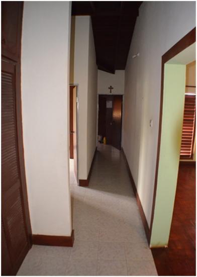 EMERALD LIVING - Hallway