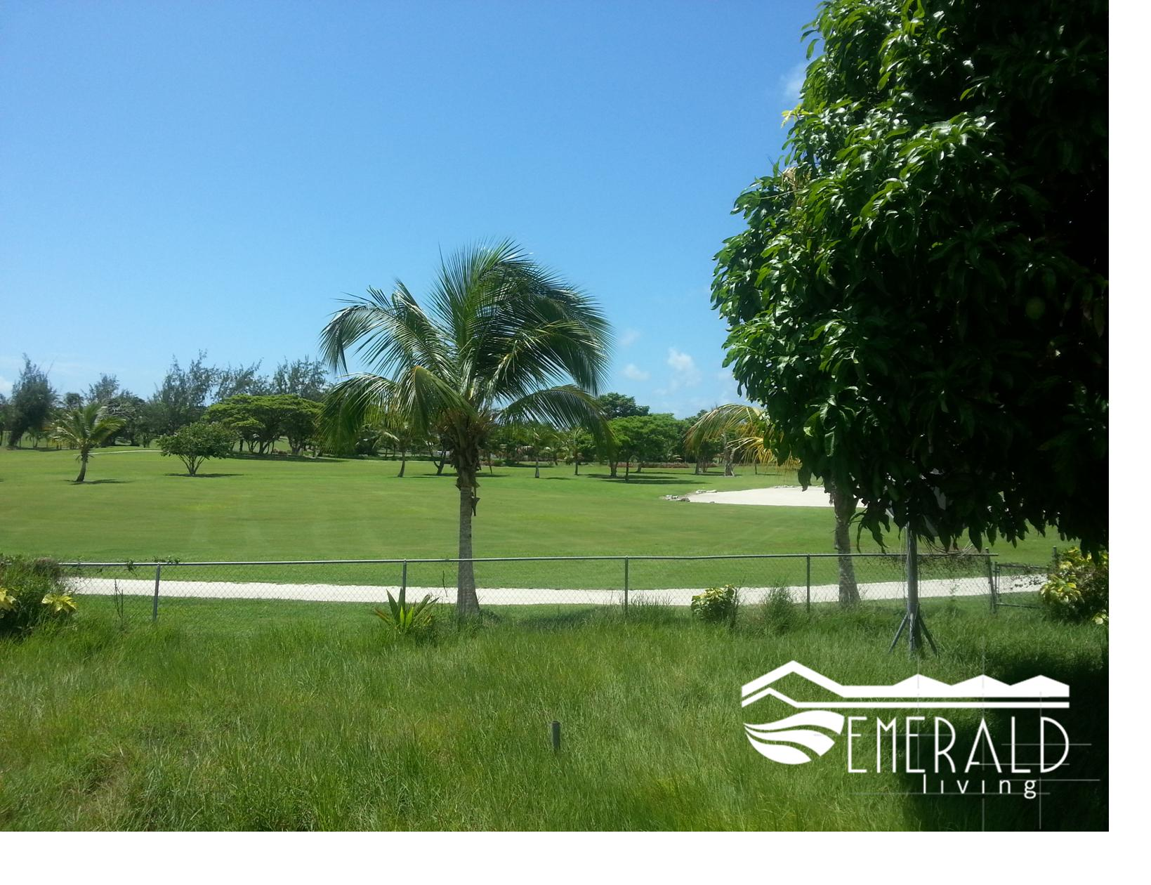 Emerald Living | Durants Golf Course