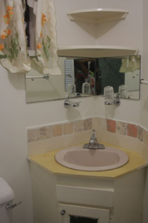 Emerald Living   Bathroom