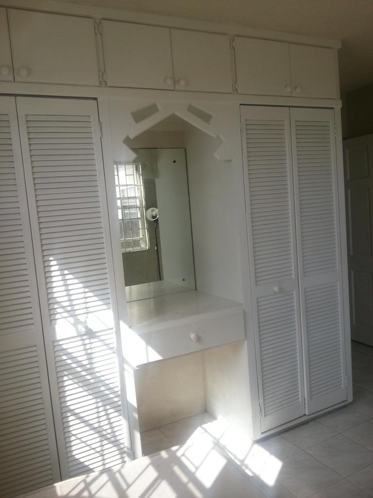 EMERALD LIVING   Bedroom 2