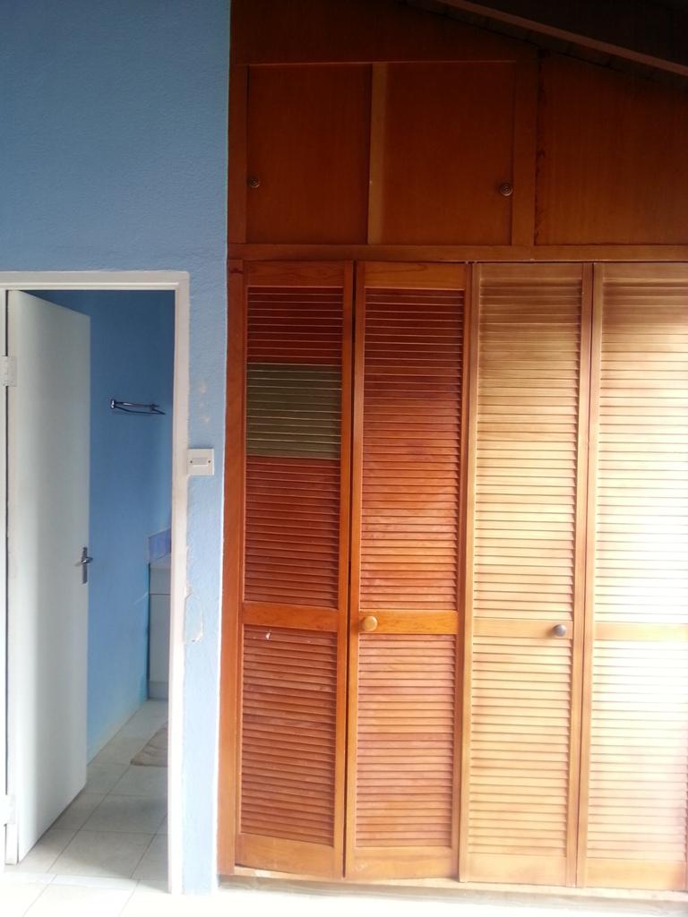 EMERALD LIVING | Master Closet