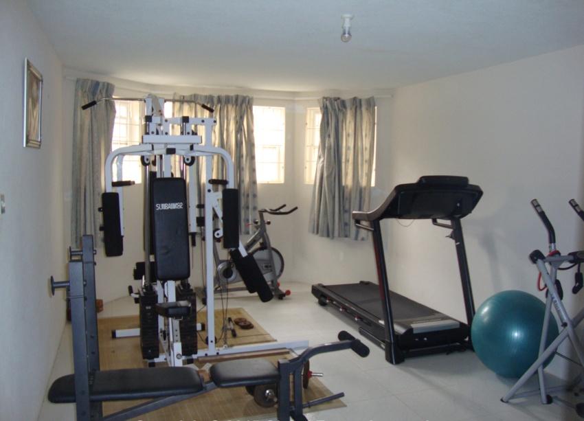 EMERALD LIVING | Gym