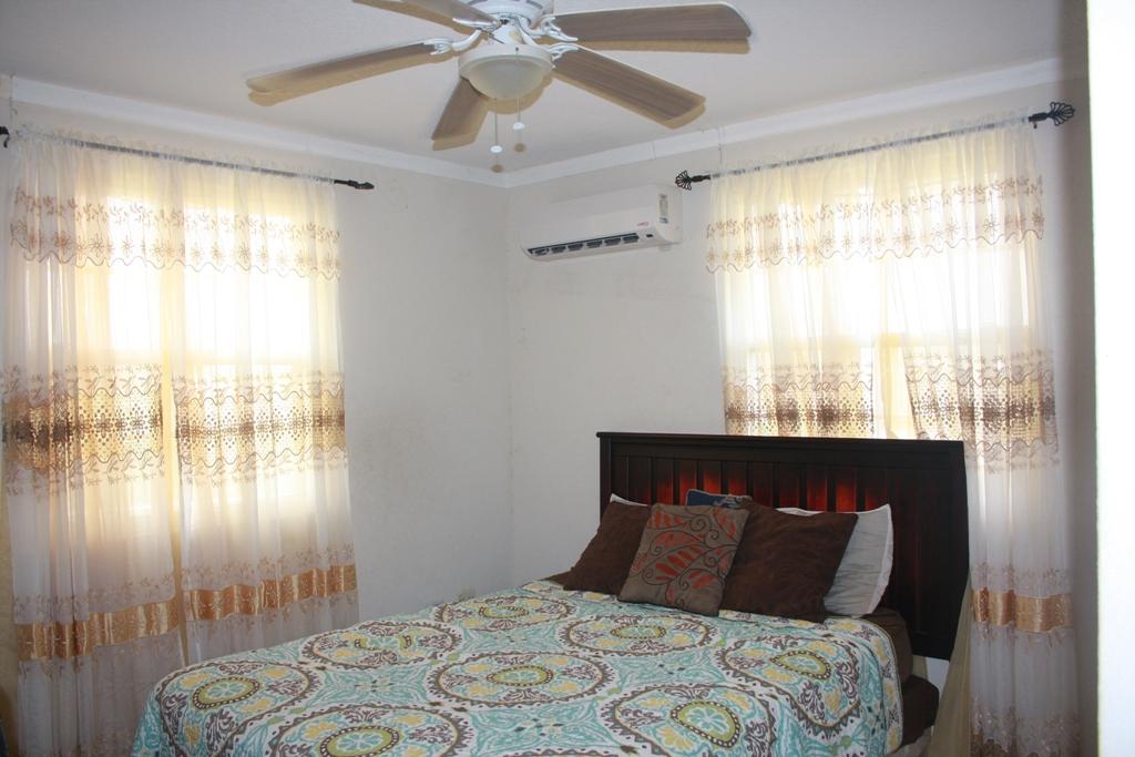 EMERALD LIVING   Master Bedroom