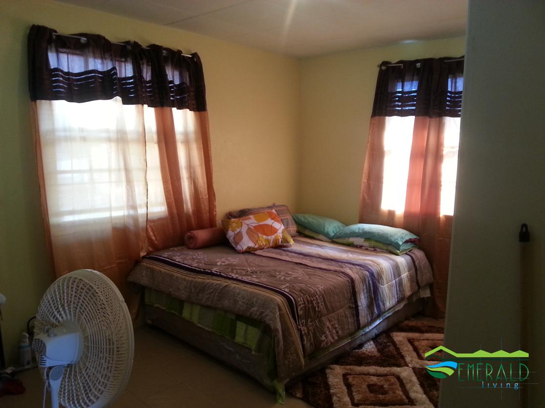 EMERALD LIVING | Bedroom 1