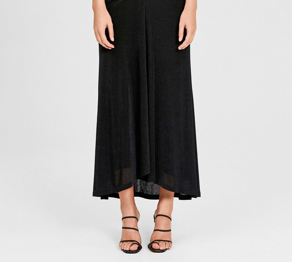 Giselle Black Gown