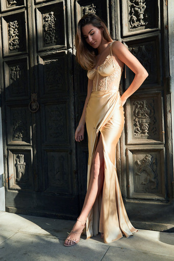 V.Chapman | Calla Lily Warm Sand Gown