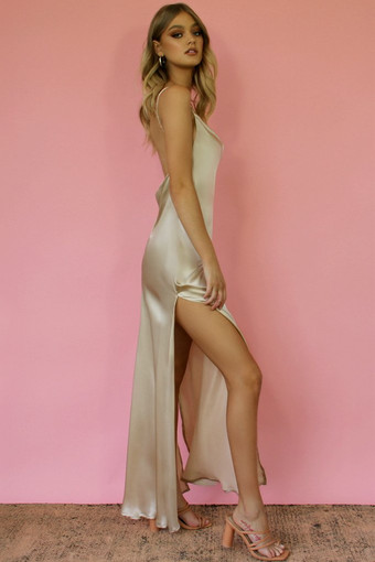 Sisters the Label | Kitty Oyster Gown