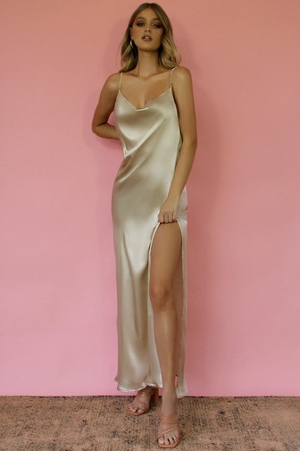 Kitty Oyster Gown