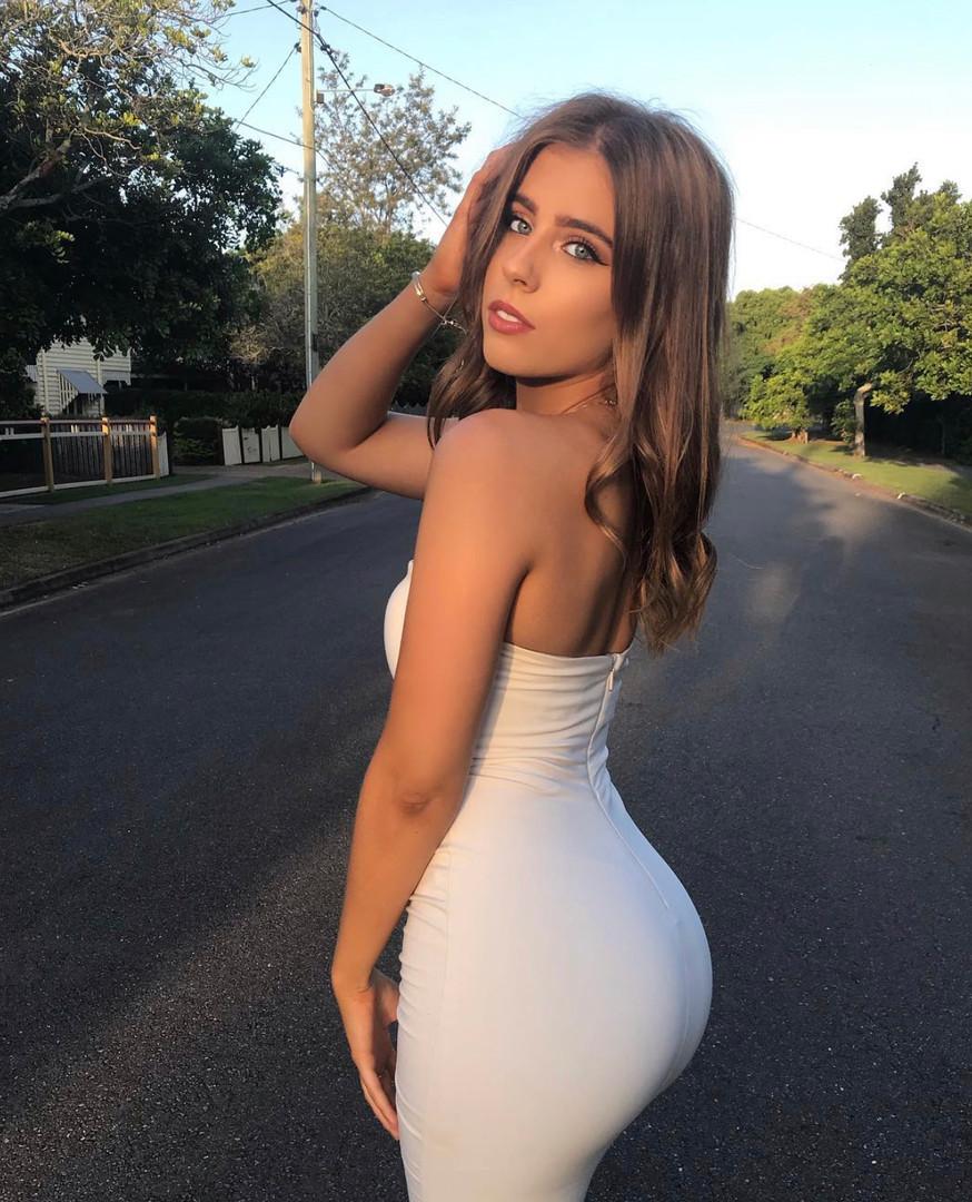 Holly Ecru Gown