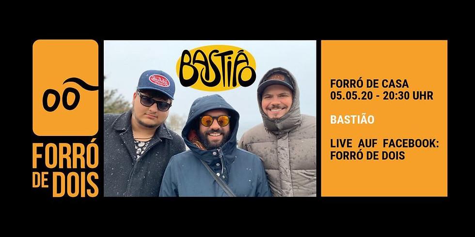 Forró de Casa: Bastião - Support the musicians and enjoy it!
