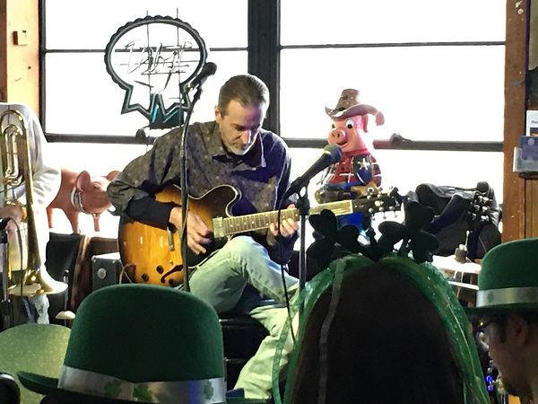 Playing Bob Alan's Gibson 335 - sweet axe! BBs - March 14, 2020