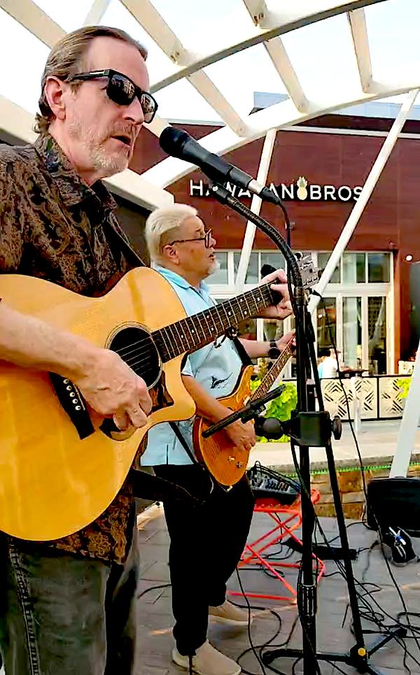 Jay EuDaly, Mark Valentine