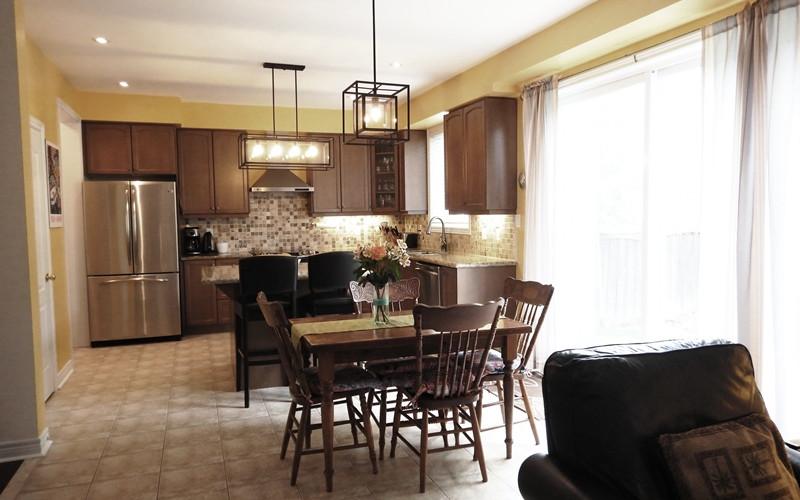 28. Kitchen - DSCN0401.JPG