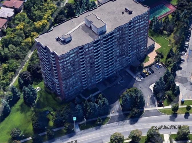 33 Weldrick Rd E - Building