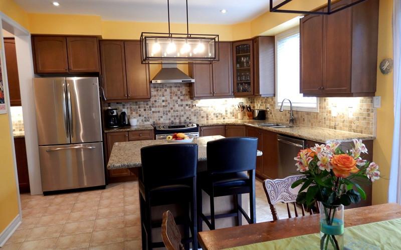 32. Kitchen - DSCN0409.JPG