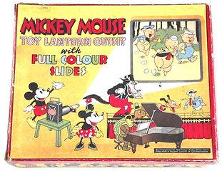 Walt-Disney-Mickey-Mouse-1930s-Projector