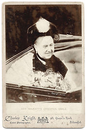 Queen-Victoria-Cabinet-Photograph-1898-b