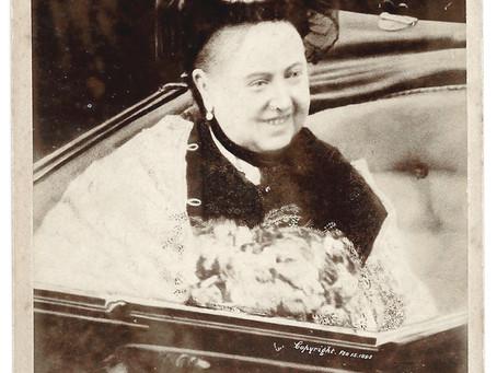 Rare Original Queen Victoria Smiling Photograph 1898