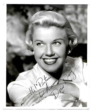 Doris-Day-Signed-Photograph-ForPicture-S