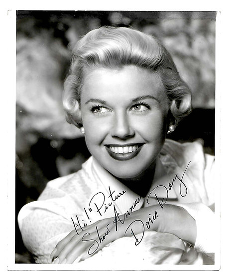 Doris Day Signed Photograph For Picture Show with the 1953 Annual