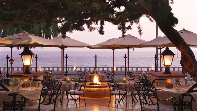 001268-05-patio-dining-firepit-oceran-view-sunset