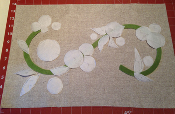 Wool Blossom Pillow - Layout
