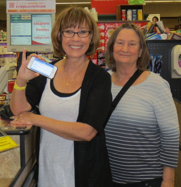 Stocking up at the supermarket: Alex and Joen, who had been up since 5AM to catch her flight from SeaTac to Oakland.