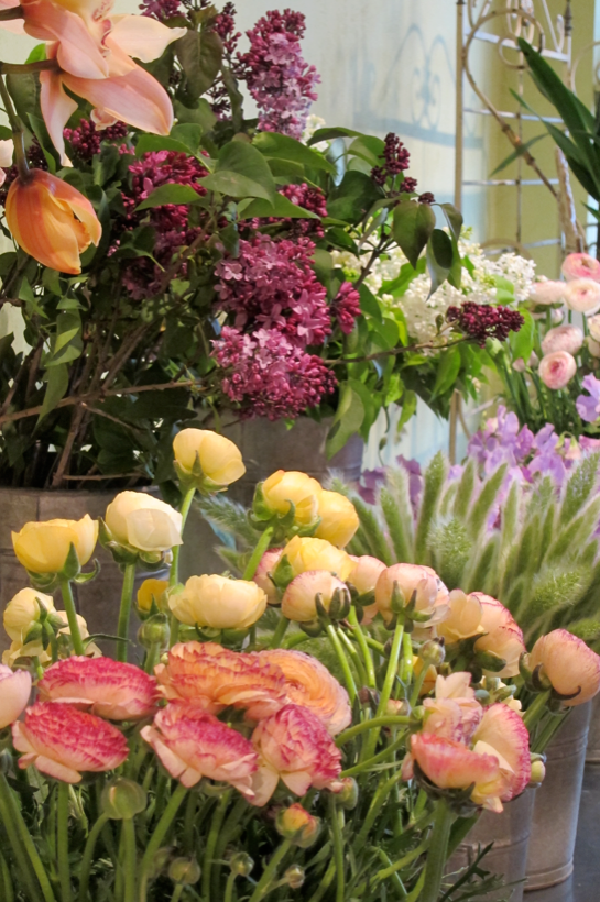 Inspiration-J:  Flowers from Florali