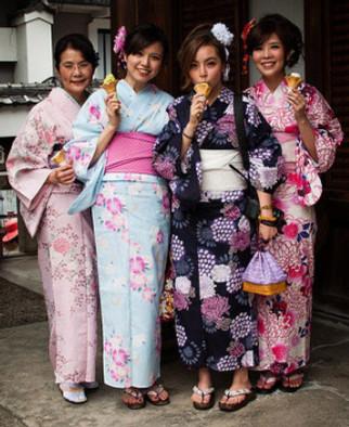 Yukata summer kimonos