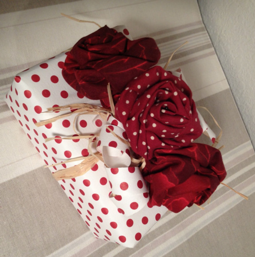 Fabric flowers can be lots of fun and very impressive!