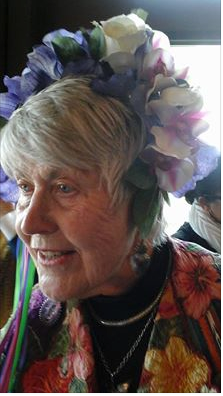 Margaret wears a beautiful Frida Kahlo inspired headpiece made by Erica Cronin.