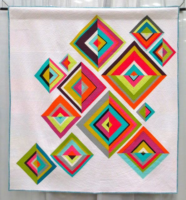 Broken Diamonds, made and machine quilted by Kati Spencer, QuiltCon 2013, 2nd Place (category: Use of Negative Space, Large)