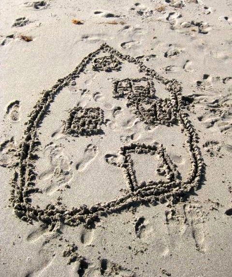 Artwork in the Sand