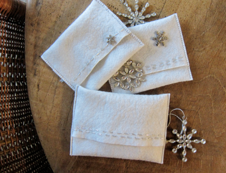 Project-J:  New jewelry pouch