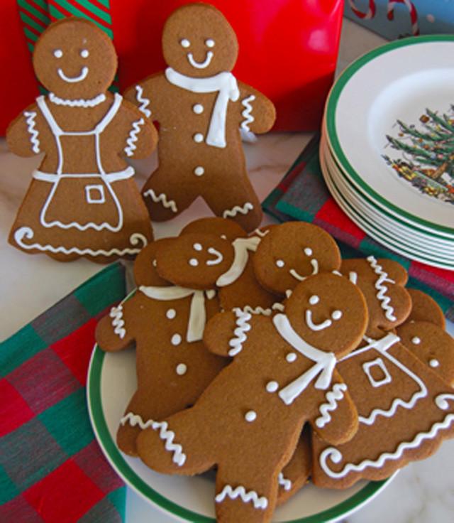 gingerbread-cookies,-the-solvang-bakery-300