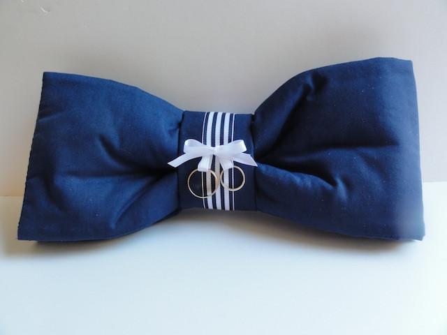 L: Ring bearer's pillow