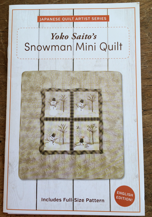 Isn't this the cutest winter mini quilt?