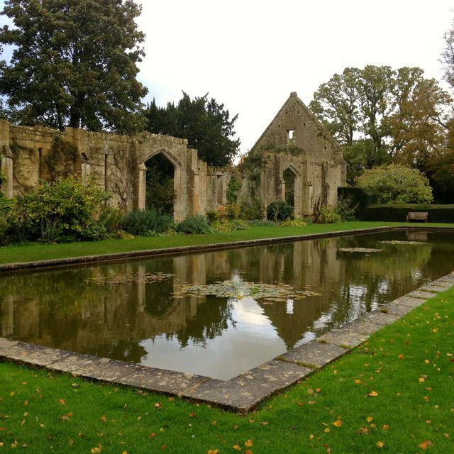 Reflecting pool at Sudeley, near the chapel housing the tomb of Katherine Parr