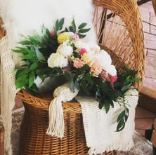 macrame bouquet holder.jpg