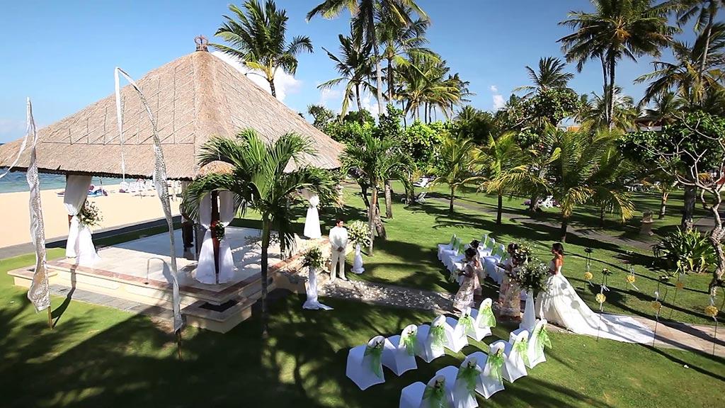 beach-wedding-nusa-dua-bali