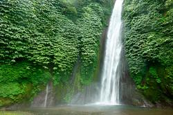 Munduk waterfall.jpg