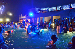Sky_Pool_Party1