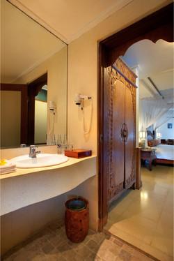 Room-Bathroom