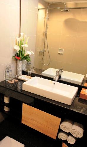 Superior Bathroom1