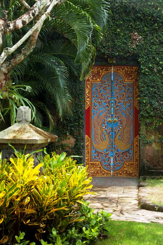 villa-gate